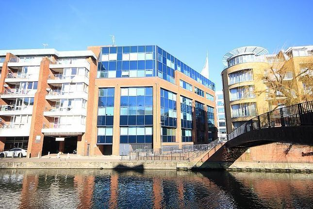2 bed flat to rent in Kings Road, Reading RG1