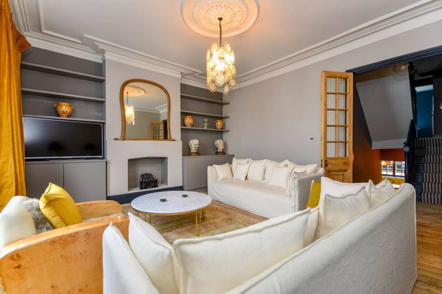 Thumbnail Maisonette to rent in Dawes Road, Fulham Broadway, London