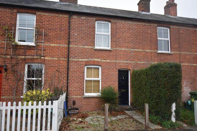Thumbnail Terraced house to rent in Salcombe Road, Newbury, Berkshire