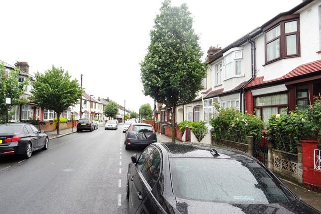 Thumbnail Terraced house for sale in Dowsett Road, London