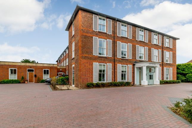 Thumbnail Flat for sale in Lutidine House, Newark Lane, Ripley