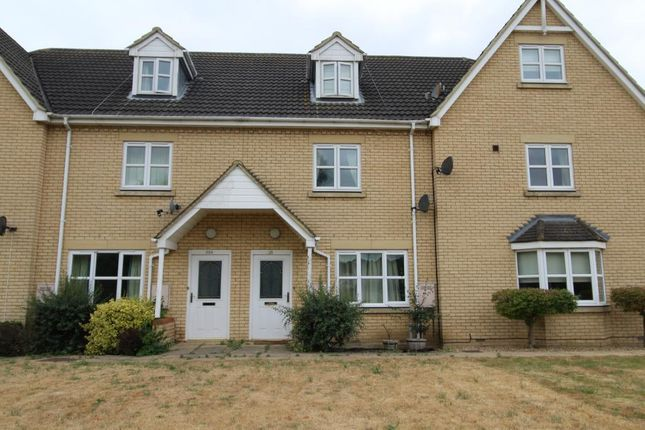4 bed terraced house to rent in Ermine Street North, Papworth Everard, Cambridge CB23