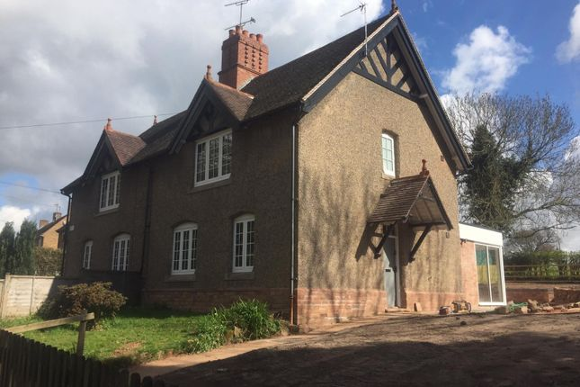 3 bed semi-detached house to rent in Meriden Road, Berkswell CV7
