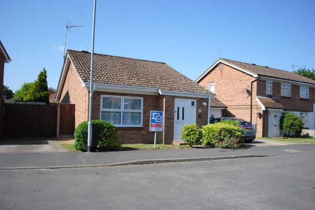 2 bed bungalow to rent in Burch Close, King's Lynn PE30