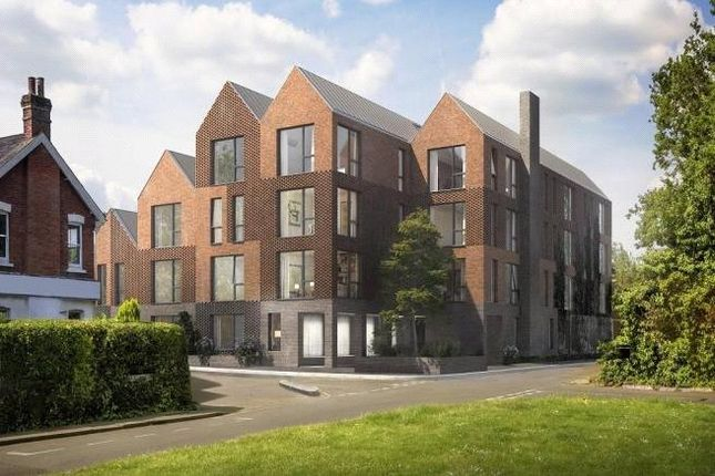 Thumbnail Flat for sale in Horsell