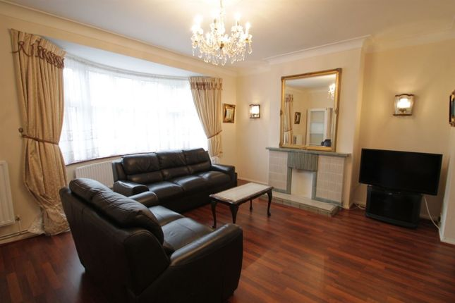 Thumbnail Semi-detached house to rent in Chiddingfold, London