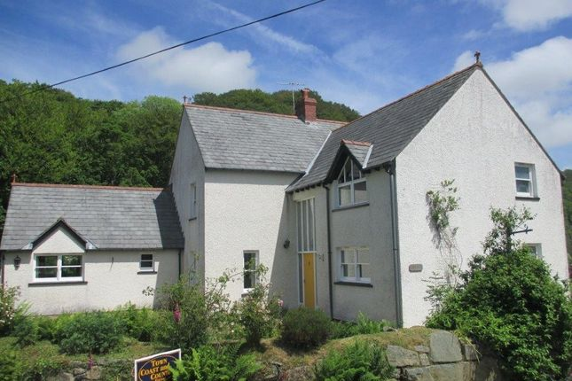 Thumbnail Detached house for sale in Bridge Street, Llanychaer, Fishguard