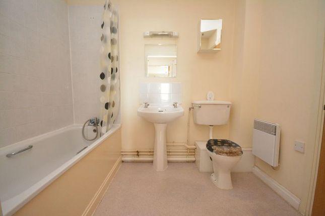 Family Bathroom of Aquila House, Falcon Drive, Cardiff CF10