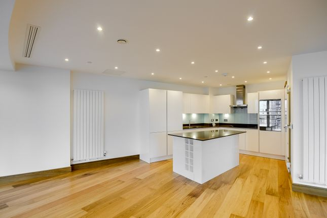 Kitchen of Arena Tower, Crossharbour Plaza, Canary Wharf E14