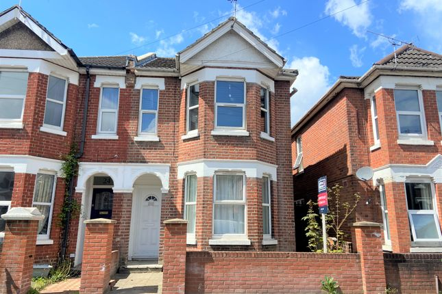 Thumbnail Shared accommodation to rent in Newcombe Road, Shirley, Southampton