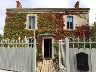 Thumbnail Property for sale in Velluire, Vendée, France