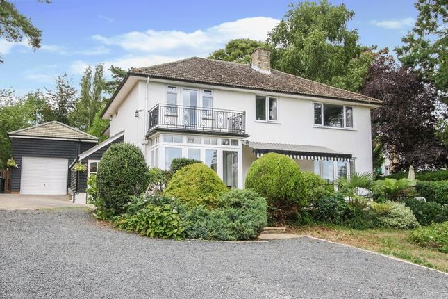 Thumbnail Detached house for sale in Beechwood Drive, Marlow