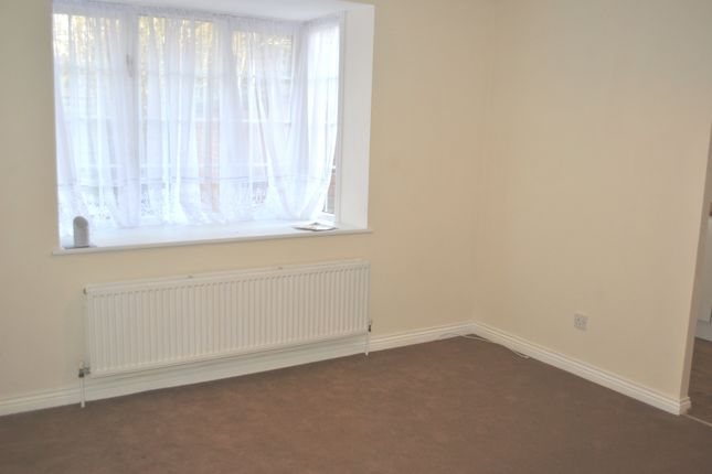 Living Room of Mortimer Gate, Cheshunt EN8