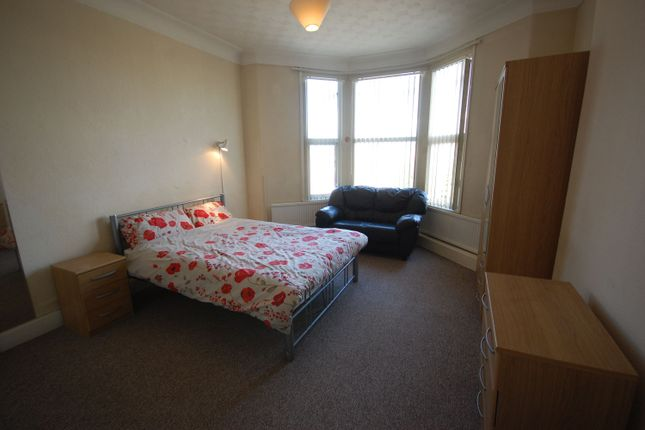 Thumbnail Terraced house to rent in Gordon Terrace, Mutley, Plymouth