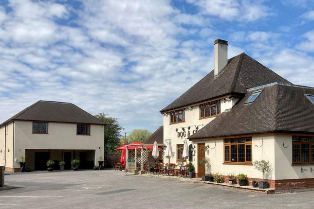 Pub/bar for sale in Romsey, Hampshire
