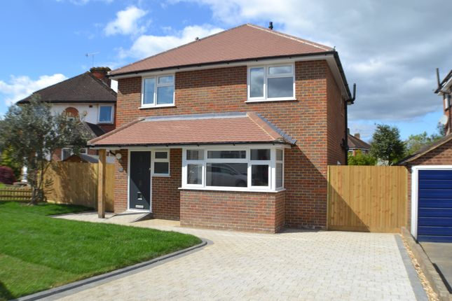 Thumbnail Detached house to rent in Meadow Way, Reigate