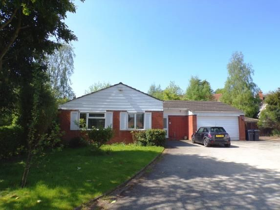 Thumbnail Bungalow for sale in Shelsley Drive, Birmingham, West Midlands