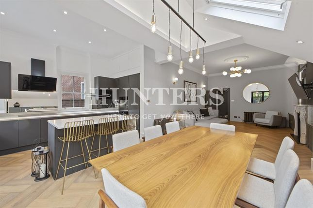 3 bed flat for sale in St. Gabriels Road, London NW2
