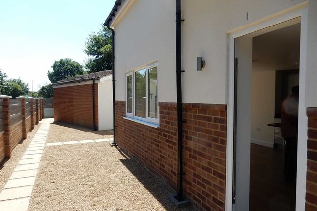 Thumbnail Detached house to rent in Tentelow Lane, Southall
