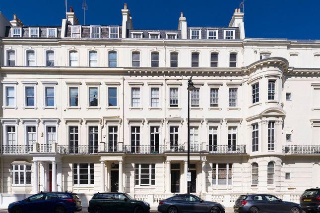 2 bed flat for sale in Kensington Park Gardens, London W11