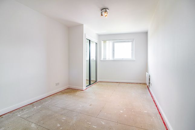 Bedroom of South Victoria Dock Road, Dundee, Angus DD1