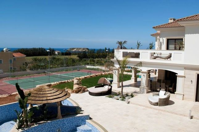 Thumbnail Villa for sale in Sea Caves, Peyia, Cyprus
