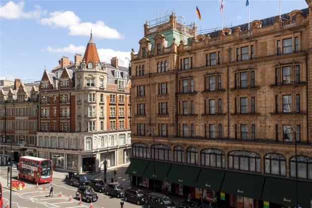 Picture No. 27 of Princes Court, Knightsbridge, London SW3