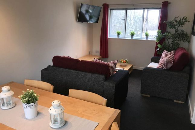 Thumbnail Shared accommodation to rent in Bedroom 3, 15 Brady And Martin Court, City Centre