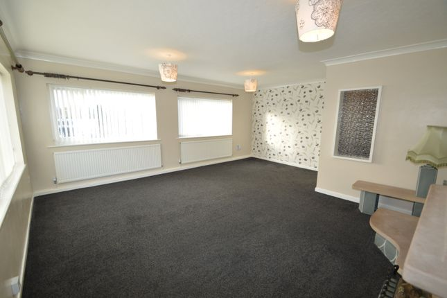 Thumbnail Flat to rent in Randale Drive, Unsworth, Bury