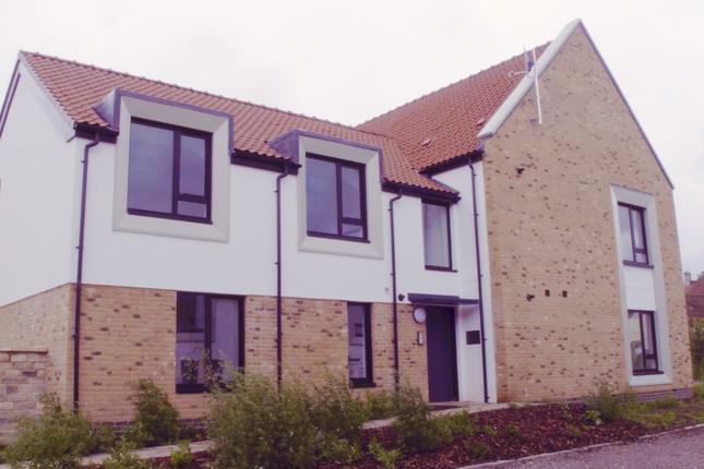 2 bedroom flat for sale in Cross Farm, Wedmore