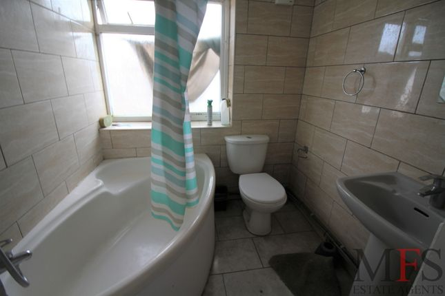 Thumbnail Flat to rent in West End Road, Southall