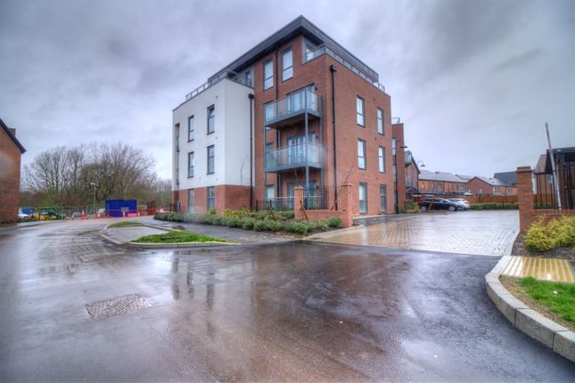 Thumbnail Flat for sale in Harvard Way, Oakgrove, Milton Keynes