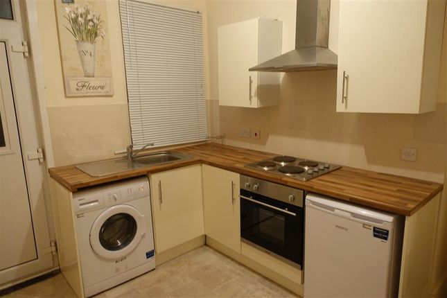Thumbnail Flat to rent in Rutland Street, Mansfield