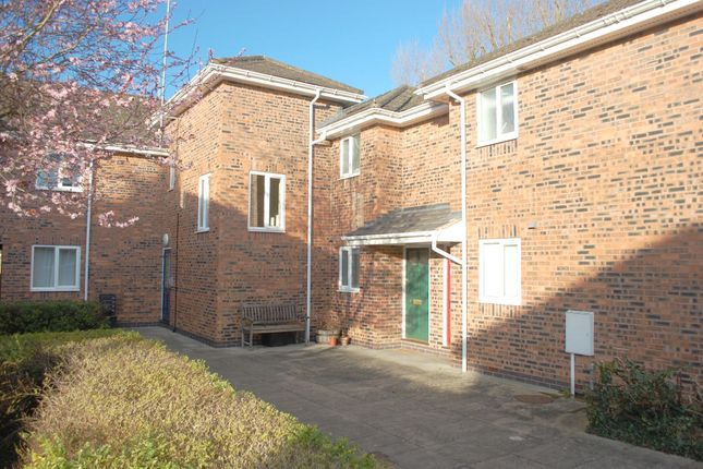 Thumbnail Flat to rent in Corinthian Court, Alcester