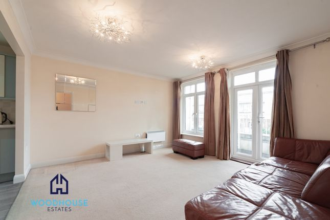 1 bed flat for sale in Girton Court, Whetstone N20