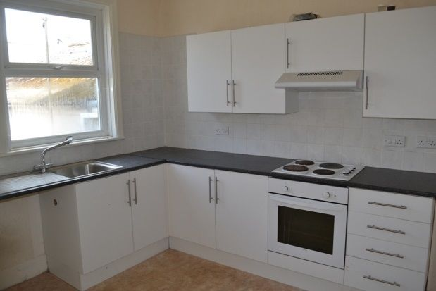 Thumbnail Flat to rent in Barras Street, Liskeard