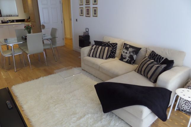 1 bed flat to rent in East Road, Welling, Kent DA16