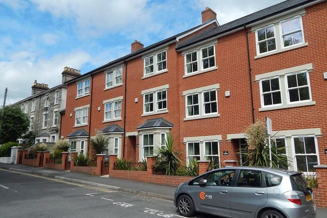 Thumbnail Flat to rent in Belgrave Terrace, York Road, Salisbury