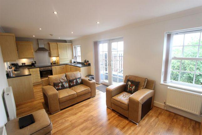 Thumbnail Flat to rent in Northumberland Street, Darlington