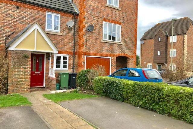 Thumbnail Property to rent in Anna Pavlova Close, Abingdon