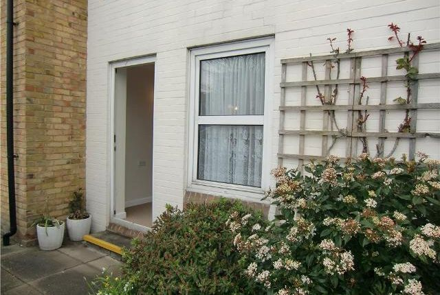 Thumbnail Flat to rent in Homefern House, Cobbs Place, Margate, Kent