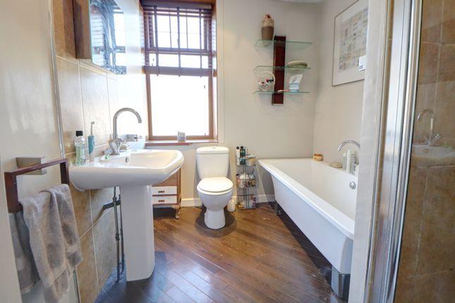 Bathroom of Rosehill Road, Burnley BB11