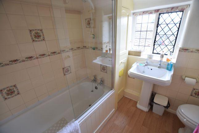 Bathroom of High Street, Pevensey BN24