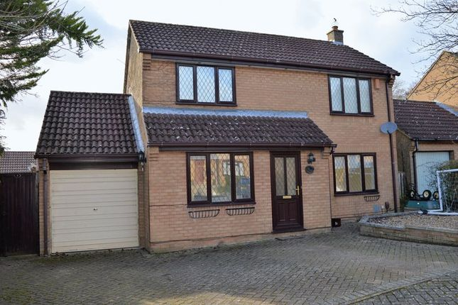 3 bed detached house to rent in Aviemore Gardens, West Hunsbury, Northampton NN4
