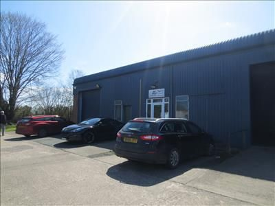 Thumbnail Warehouse to let in M019 & M020, Mile Oak Industrial Estate, Maesbury Road, Oswestry, Shropshire
