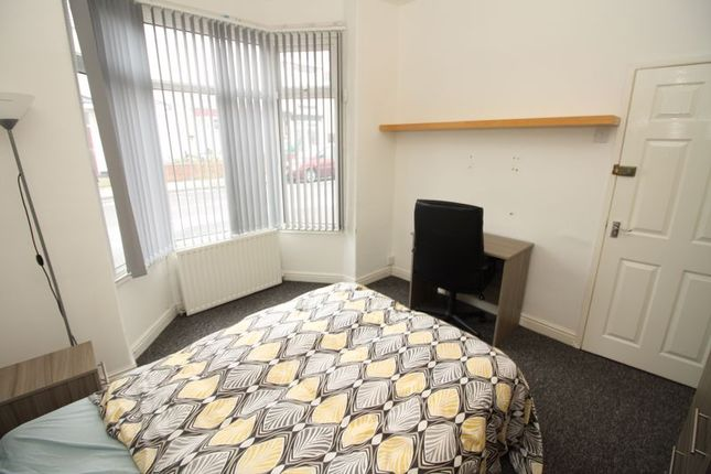 4 bed terraced house to rent in Chester Street, Middlesbrough TS1