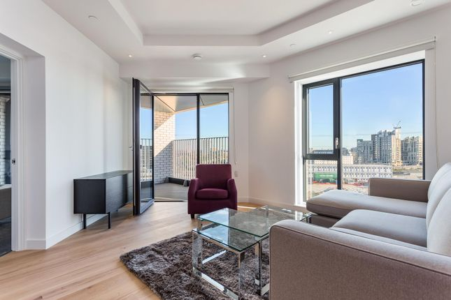 Thumbnail Flat to rent in Astell House, London City Island, London