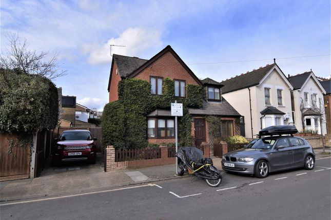 Thumbnail Detached house to rent in Chestnut Road, Kingston Upon Thames