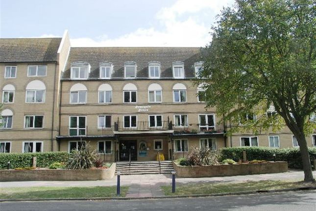 Thumbnail Flat to rent in The Avenue, Eastbourne