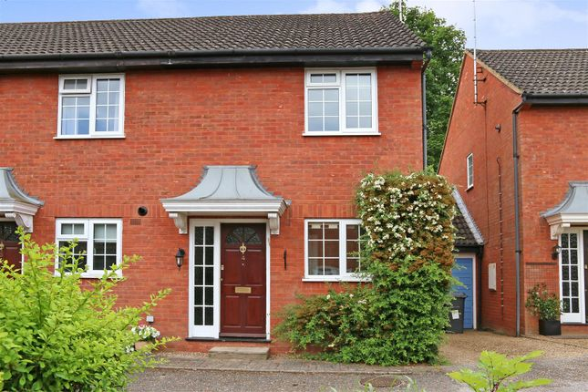 Thumbnail Property to rent in Athlone Close, Radlett